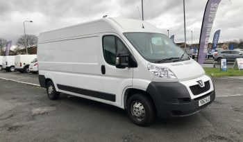 Peugeot Boxer 2.2 HDi 335 L3 H2 Professional High Roof Van 4dr (YD62 KLE) full